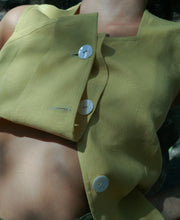 Load image into Gallery viewer, Mother of Pearl Button Vest in Izamal Linen