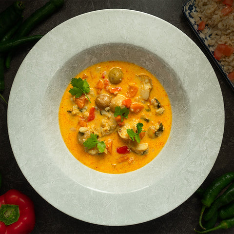 THAI RED CURRY WITH CAULIFLOWER AND POTATOES