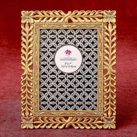 Magnificent Gold Lattice 5 x 7 Picture Frame
