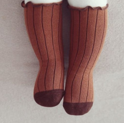 PINSTRIPE KNEE HIGH SOCKS