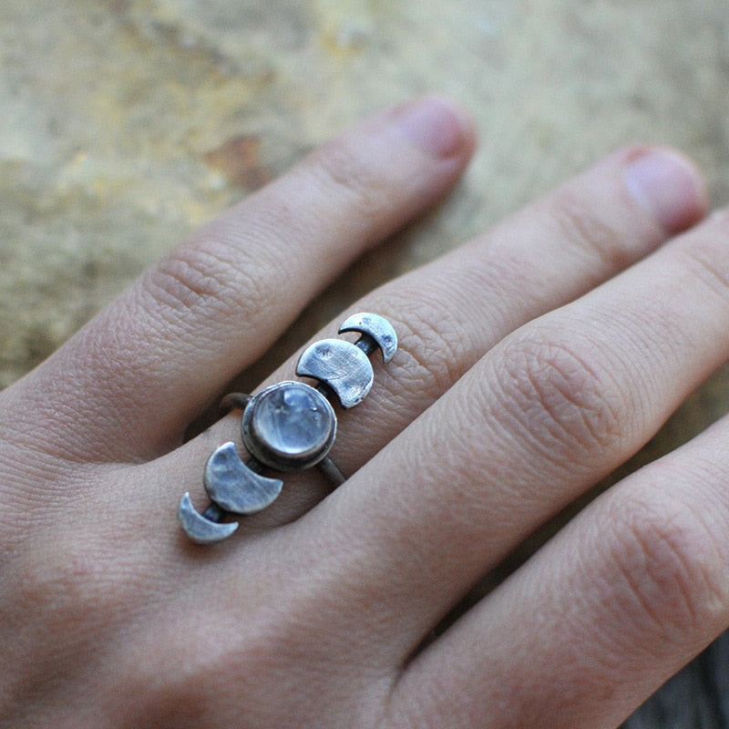 The Moon is Bright Ring - size 10