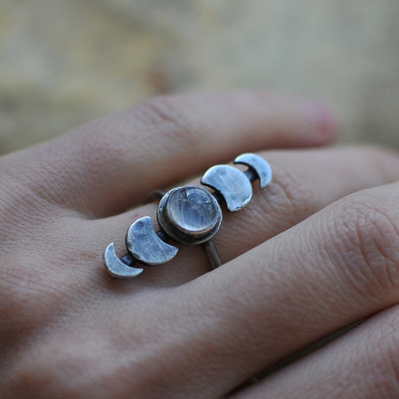 The Moon is Bright Ring - size 9