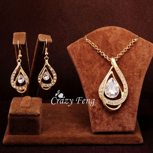 Elegant Sam Maries Austrian Crystal Jewelry Set - White