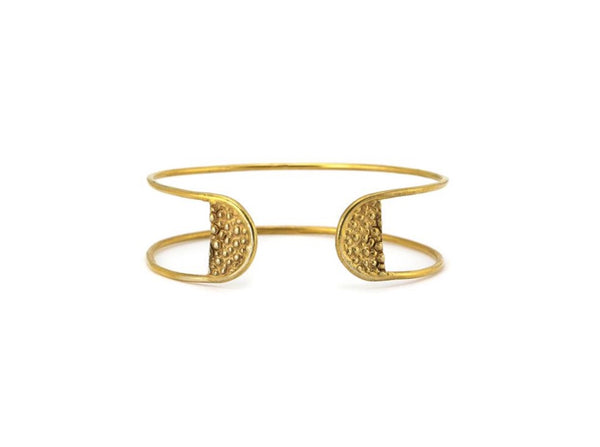 Stingray Tab Cuff - Lauren Newton Jewelry
