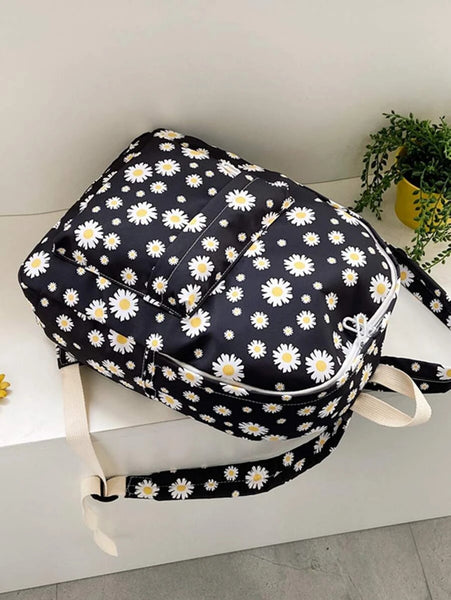 FREEJOY Allover Daisy Backpack