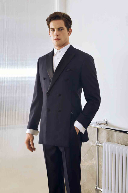 Slim Fit Suit in Solid Color Mens Tuxedo