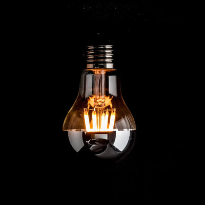 A60 GLS 4W LED Filament Light Bulb E27 Clear Glass Silver Cap 2200k | Superior Quality LED Light Globes | Vintage LED