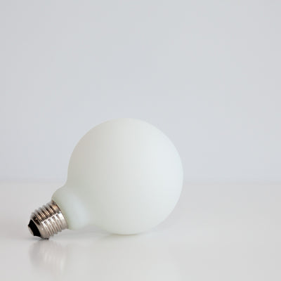 G95 LED Filament 6W E27 Porcelain Frosted Glass Bulb | LED light globes | Vintage LED
