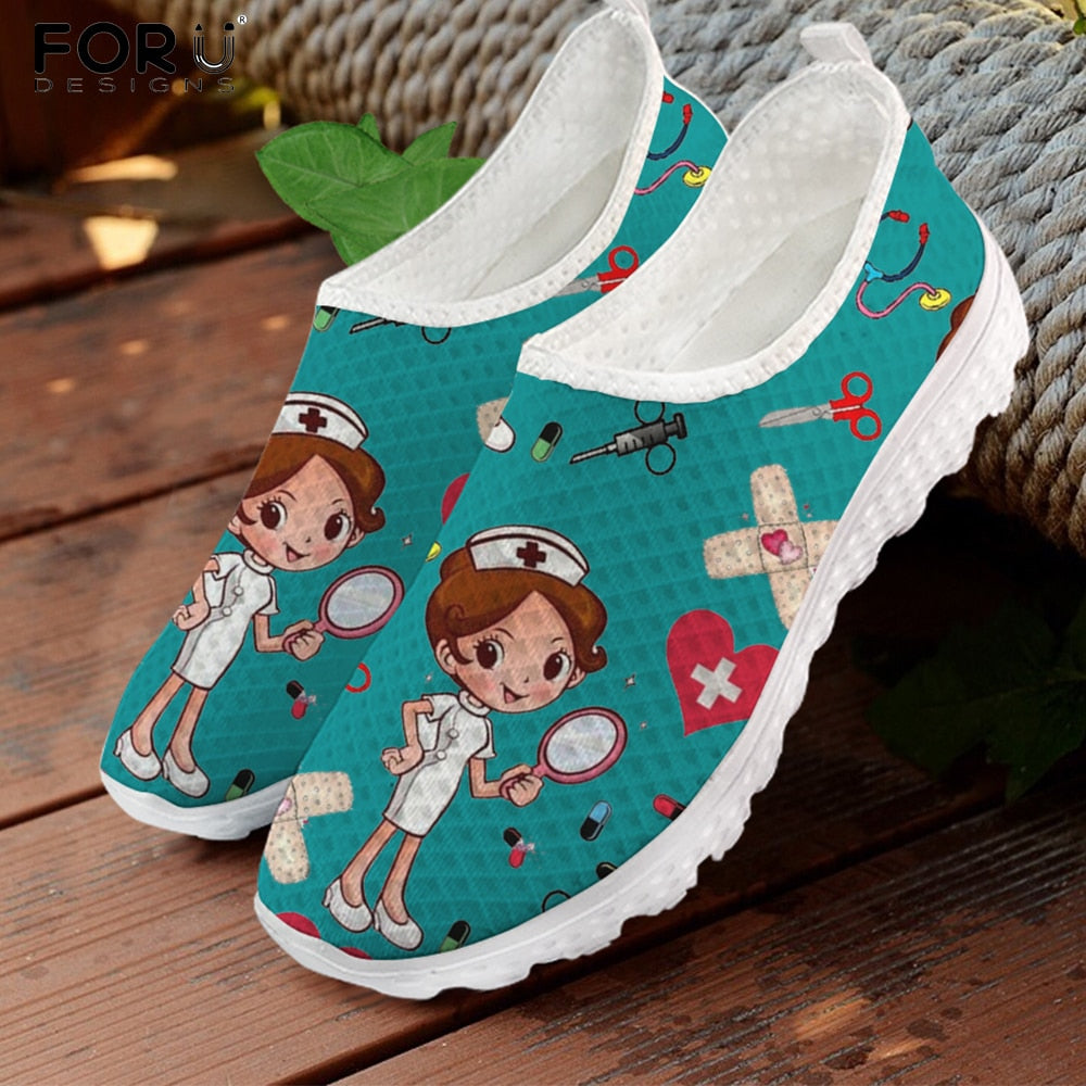 FORUDESIGNS Nursing Shoes for Women Cute Cartoon Nurse Doctor Printed Slip On Flats Sneakers Spring/Autumn Casual Ladies Shoe