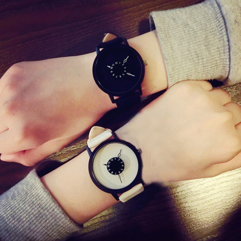 Hot Simple Fashion Korean Lovers Couple Quartz Watch Leather Clock Men Women Wristwatches Personality Student Watches Casua TC21