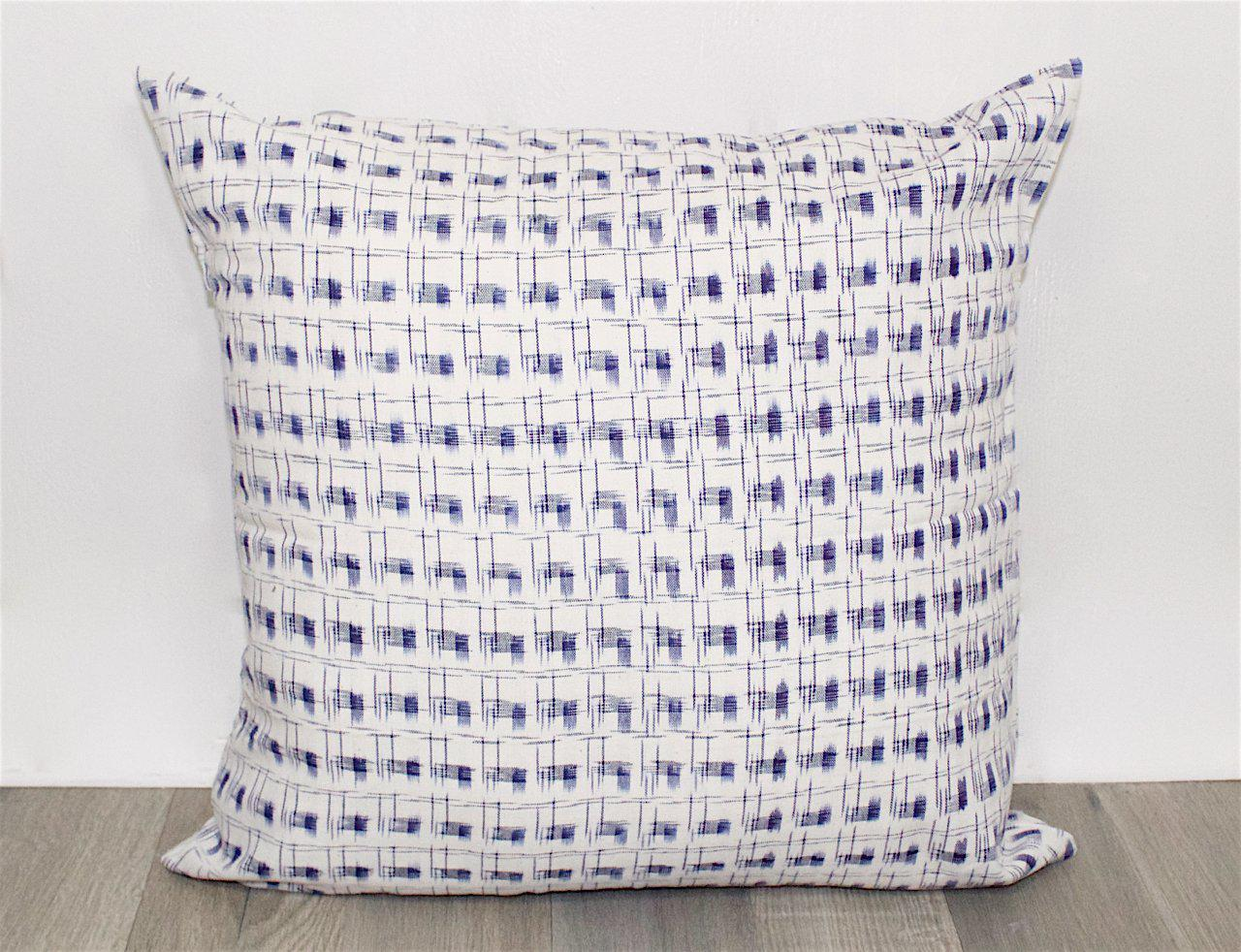 Country Cottage Throw Pillow Cover