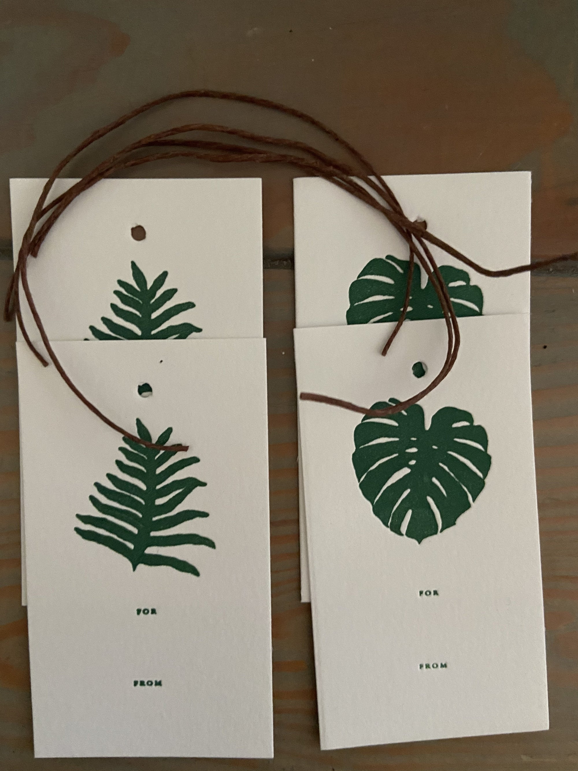Lauae & Monstera Gift tags Set of 4 Gift Tags