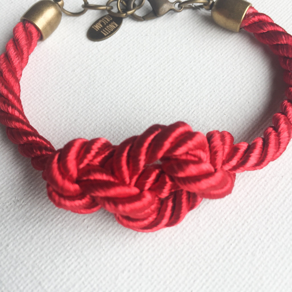 Eternal Knot (Red)