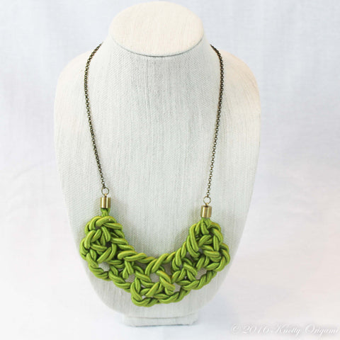Bib Knot {Lime & Chain}