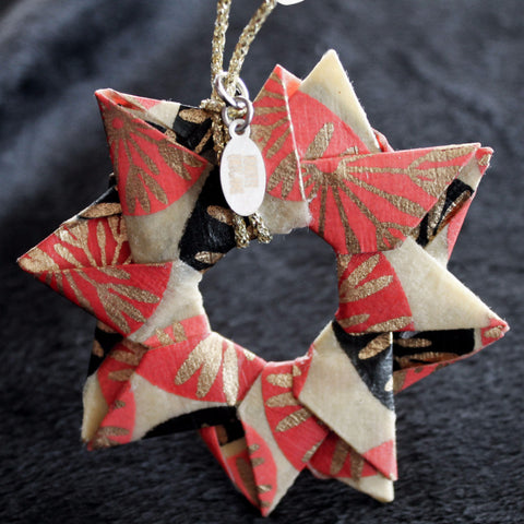 Modular Origami Star Ornament {Fuchsia, Gold, & Black}