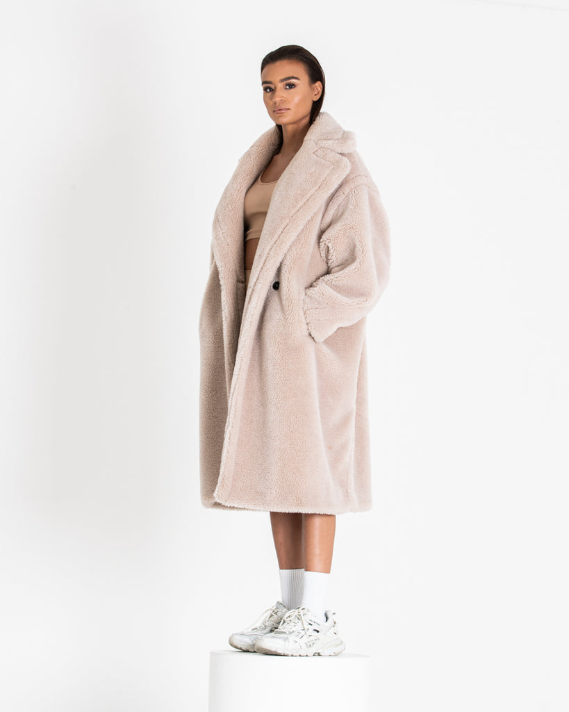 Oat Cream Teddy Coat Oversized Fur Women's Coat