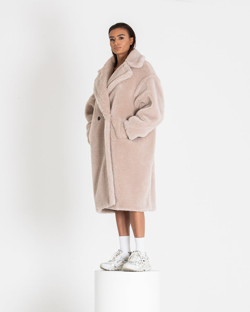 Sand Oat Teddy Coat