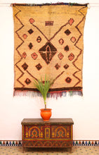 Load image into Gallery viewer, Boujaad berber rug - BJD 300 - 190x150 CM