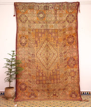 Load image into Gallery viewer, Boujaad berber rug - BJD 501 - 345x215 CM