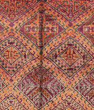 Load image into Gallery viewer, Beni Mguild berber rug - BMZY 511 - 340x205 CM