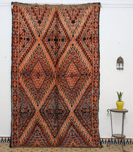 Load image into Gallery viewer, Beni Mguild berber rug - BMZY 521 - 325x195 CM