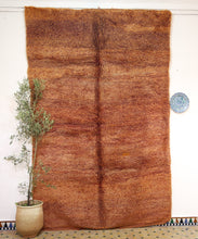 Load image into Gallery viewer, Beni Mguild red berber rug - TR 73 - 300x200 CM