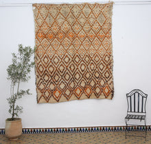 Load image into Gallery viewer, Beni Ouarain berber rug - BW 648 - 230x190 CM