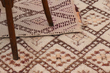 Load image into Gallery viewer, Beni Ouarain berber rug - BW 653 - 350x170 CM