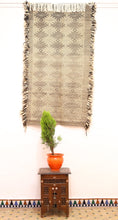 Load image into Gallery viewer, Akhnife Taznakht berber rug - TZN 214 - 180x105 CM