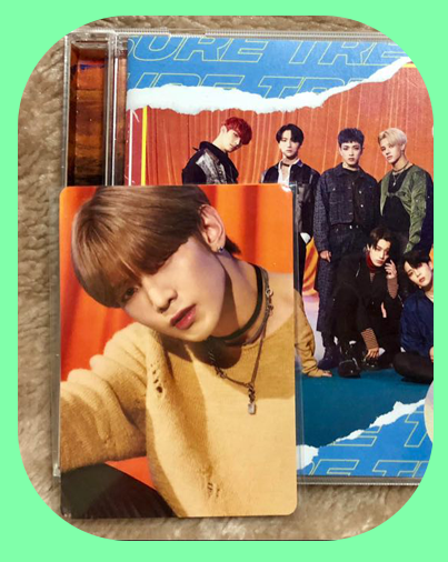Yeosang -  Shift the Map Type Z Album w/ Photocard