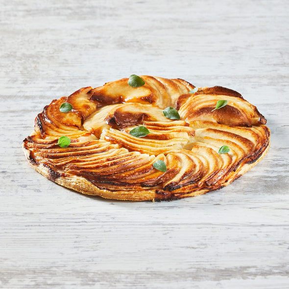 Thin, crispy caramelized apple tart