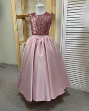 Load image into Gallery viewer, Baby Girl Solid Color Sleeveless High Waist Sequin Swing Dress Evening Party Dress Kids Elegant Cocktail Dress Fashion Tunic Dress Slim Fit Pleated Dress Cute Wedding Party Flower Girl Dress