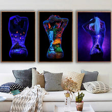 Load image into Gallery viewer, New Exquisite Diamond Painting 5d Diamond Painting Black Background Beauty Sexy Painting Fashion Decorative Painting Oil Painting Canvas Painting Mosaic Painting Wall Decoration Decorative Painting Full Diamond Square Diamond Diamond Resin