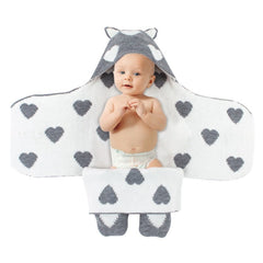 Baby Warm Hooded Love Pattern Blanket - babiesfamily