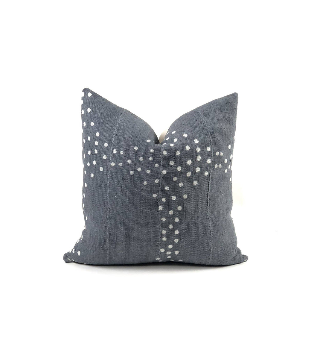 Bryar Wolf - Ekon Pillow