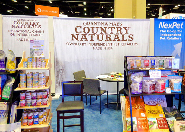 custom tradeshow booth design and banner stands for Grandma Mae's Country Naturals