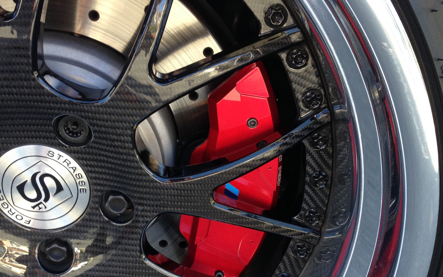 bmw caliper cover blood red edition