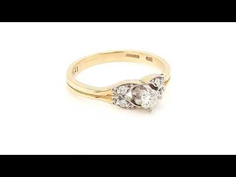 Load and play video in Gallery viewer, Vintage Style 9ct Gold Solitaire with Diamond Sides