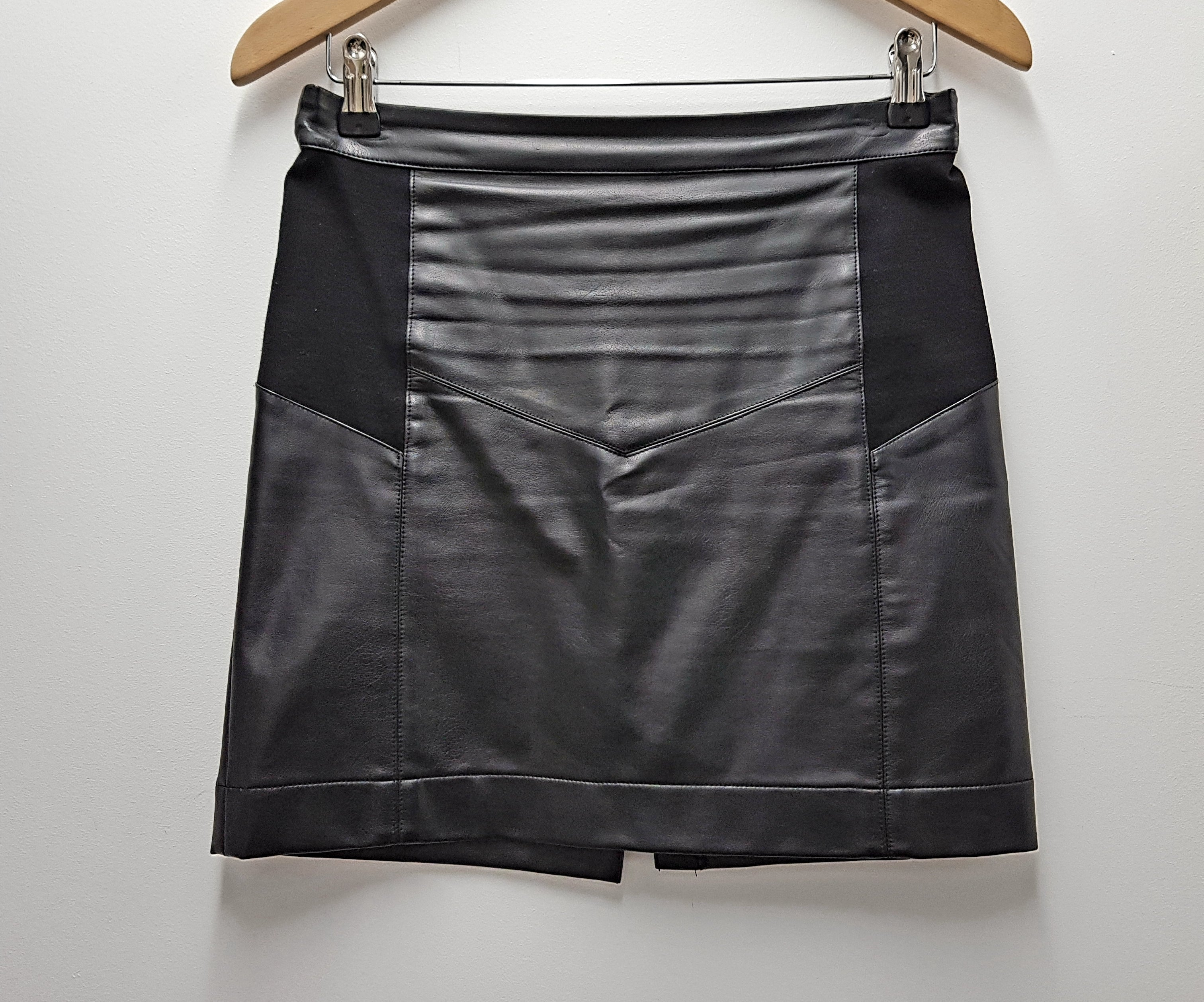 STORM - Faux Leather Mini Skirt - PRELOVED
