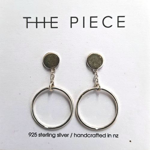 THE PIECE - Circle Drop Earrings