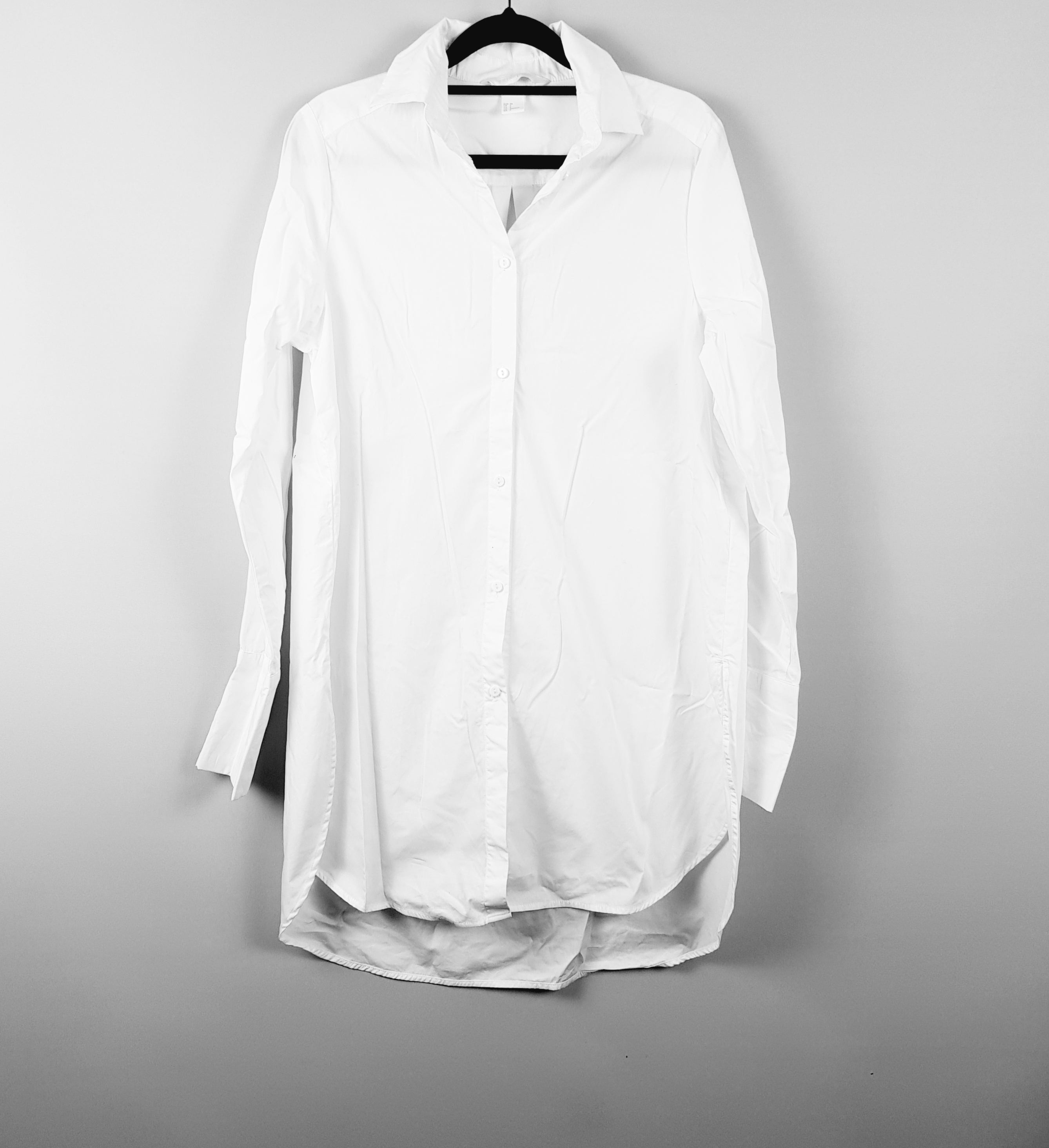 H & M - White Shirt/Dress - PRELOVED