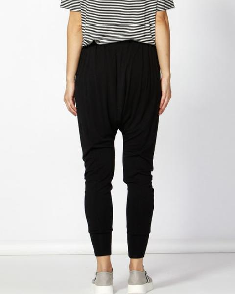 BETTY BASICS - Black Barcelona Lounge Pant