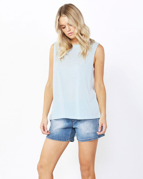 BETTY BASICS - Ice Blue Capri Tank