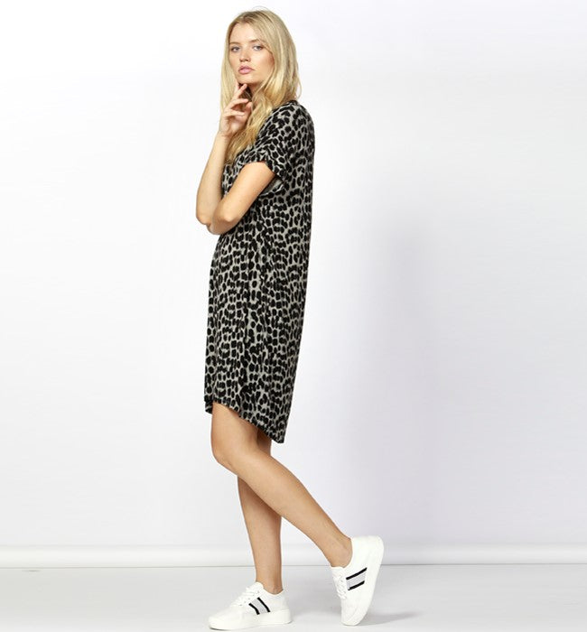 BETTY BASICS - Leopard Arizona Dress
