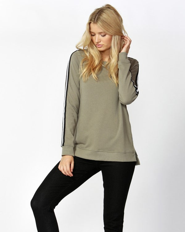 BETTY BASICS - Khaki Harley Sweater