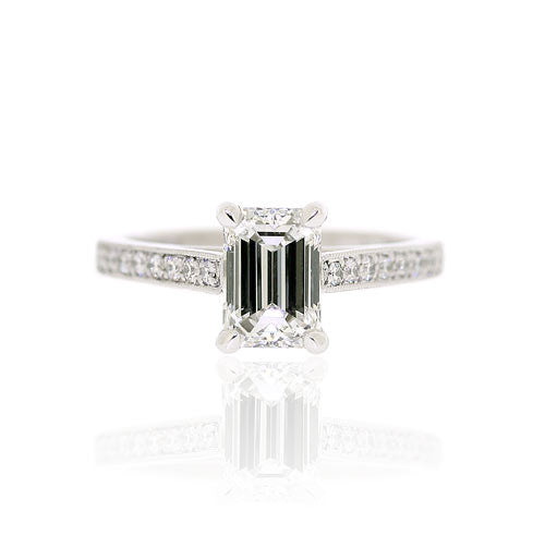 18ct White Gold Emerald Cut Diamond Ring