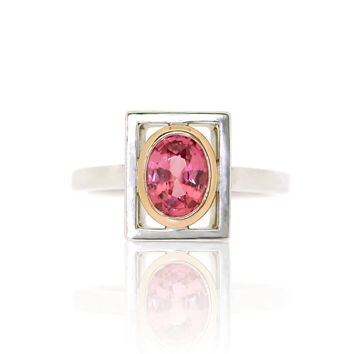 18ct Gold Pink Oval Sapphire Ring