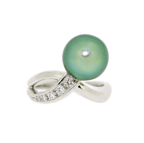 18ct Gold Tahitian South Sea Pearl & Diamond Ring