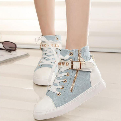 STUDDED BUCKLE SNEAKERS (4.5-8.5)