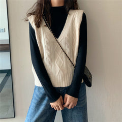 SOLID COLOR V-NECK KNIT VEST
